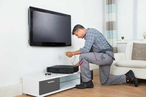 איך לבצע התקנת טלוויזיה בבית